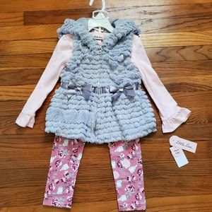 NWT Little Lass 3 piece set Faux fur vest sequin